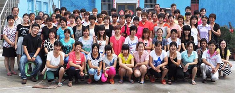 leshinehair-factory-team